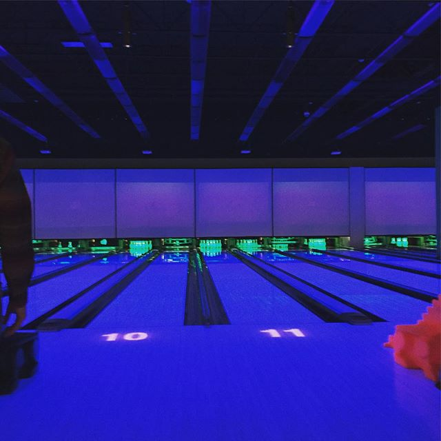 Football Bowling
